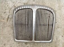 Daimler 250 Front Grill