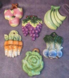 Vintage Fruit Vegetable Wall Hanging Plaque Ceramic Chalkware *6 Varieties