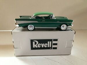 REVELL 1/25 SCALE 1957 CHEVROLET BEL AIR HARD TOP PROMO - GREEN