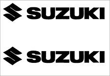 2 x SUZUKI Schriftzug + Logo Viele Farben Größe 11 cm Hoch 4 cm