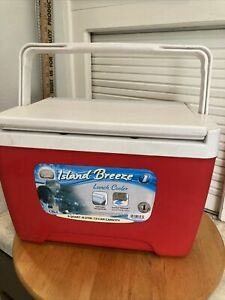 IGLOO 9 Quart Island Breeze Cooler Red White 13 Can Capacity Made In 🇺🇸
