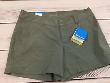 Women's Columbia Active Fit Advanced Repellency Green Shorts Omni Shade 12 NWT