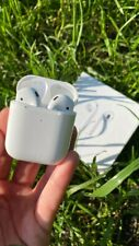 Apple AirPods 2nd Generation with Wireless Charging Case - White (MRXJ2RU/A)