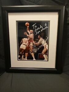 VTG Wilt Chamberlain Los Angeles Lakers NBA Basketball Framed Autograph Photo