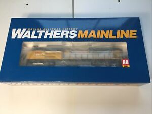 Walthers HO EMD SD70ACe Union Pacific #9061 American Flag Locomotive