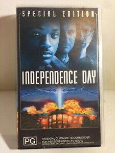 Vintage 2000 VHS Cassette 'Independence Day Special Edition'