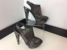 Elizabeth And  James Uk 5 / 7m Shoes Court Sling Backs Heels Silver Black Vgc