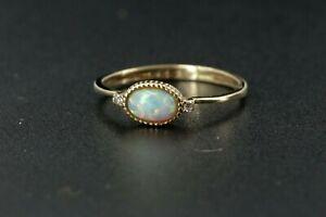 Opal Ring Gold 585 mit 2 Brillanten Vollopal Größe 50 Gelbgold 14 K Solitär