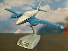 TOPPING PIPER TWIN COMANCHE AIRPLANE MODEL w/ STAND -- EXCELLENT CONDITION !!