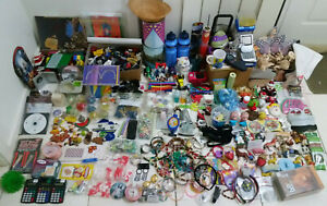 MASSIVE KIDS TOYS LOT KNICK KNAKS LEGO ETC