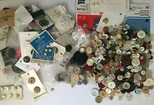 100s of Vintage Buttons Mixed Lot Repair Sewing Plastic Wood Metal Few Pearl Old