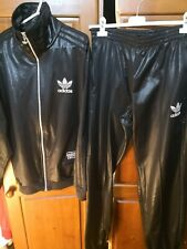 Tuta Adidas chile 62 taglia M/L effetto pelle lucida completa...