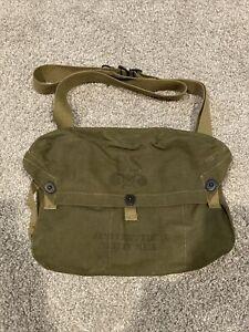 Original WWII U.S. M6 Lightweight Gas Mask Carrier Bag OD#7 Excellent Condition