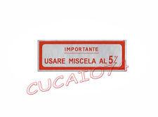 ADESIVO MISCELA 5 % PER VESPA FARO BASSO VM1 VM2 VL ECC COLORE ROSSO