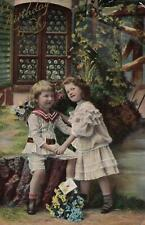 EARLY 1900's VINTAGE PHOTO SUPER CUTE YOUNG CHILDREN SWEETHEARTS POSTCARD