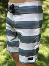 O'Neill RESIN DOS Mens Boardshorts Size 32 Oneill Board Shorts Stripes $59.50