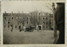 PHOTO ANCIENNE - VINTAGE SNAPSHOT - MILITAIRE CANON CASERNE - MILITARY WEAPON 1