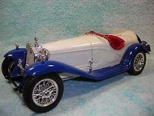 1/18 1932 ALFA ROMEO 2300 SPIDER CABRIOLET  IN WHITEBLUE BY BBURAGO NO BOX.