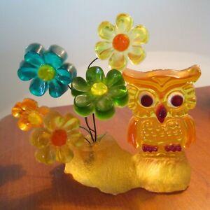 Vintage Lucite Acrylic Owl w/ Flowers on Stump Retro 60's Decor Yellow Figurine