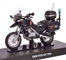 1:24 DIE CAST MODEL MOTO BMW F650 GS CARABINIERI 1999