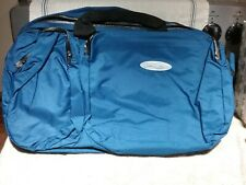BLUE GYM SPORT, DUFFLE, GOLF BAG/OVERNIGHT TRAVEL BAG W/CARRY STRAP NEW