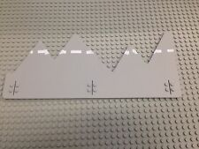 LEGO Baseplate, Road 32 x 14 Jagged Edge with Dividing Line Pattern 1349-1