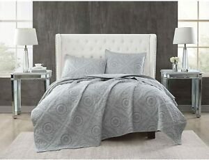 Christian Siriano 3-Piece Embroidered Queen Quilt Set in Grey