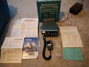 Midland 4001 CB radio