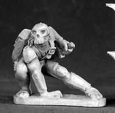 Reaper Miniatures Eskin, Male Rogue #03299 Dark Heaven Legends Unpainted Metal