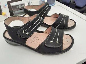 """""""cushion walk"""" ladies black strappy sandals size 6 eee"""