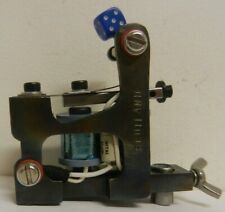 Ryan Smith hand made tattoo machine - brooklyn fast liner 8 wrap - blue coil