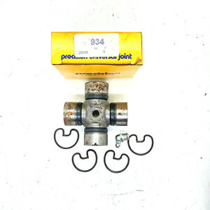 """Precision 934 U Universal Joint 1.25"""" Bearing Cap 3.21"""" Length Grease Fitting"""