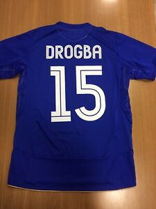 Drogba 15. Chelsea Home football shirt 2005 2006. Size: S. Umbro jersey maillot
