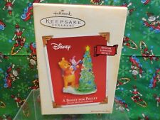 2003 Hallmark Boost For Piglet Winnie the Pooh Ornament Special Lighting Effect