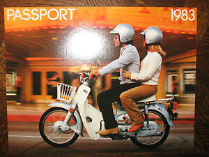 1983 HONDA C70 PASSPORT NOS OEM DEALER'S SALES LITERATURE BROCHURE C 70 83