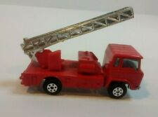 YATMING Vintage FIRETRUCK with extendable LADDER 1:64 scale