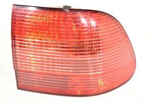 03-06 Porsche Cayenne 955 Passenger Lamp RH Tail Light AA6817