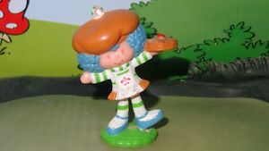 Strawberry Shortcake Crepe Suzette Stack of Crepes Vintage Figure PVC Miniature