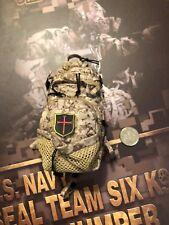 Mini veces Us Navy Seal Team 6 K9 Halo Jumper AOR1 Back Pack Suelto Escala 1/6th