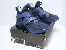 NwB Nike Lebron Soldier XII Men's Basketball Shoes Blackened Blue Size 11 US