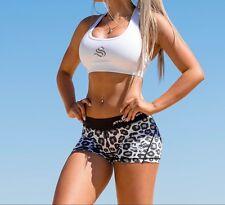 women's strong lift wear shorts safari snow leopard size small size 8