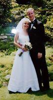 Oleg Cassini A line White Wedding Dress - Size 8 EXCELLENT