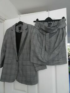 NEW LOOK DOGTOOTH CHECK SKIRT AND JACKET - SIZE 10 - WORN ONCE
