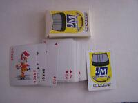 JEUX DE 54 CARTES A JOUER MENARDS , JM , JOHNS MANVILLE . BON ETAT .