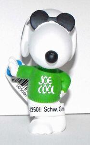 Joe Cool (green shirt) 2 inch Figurine Peanuts Miniature Figure 22003