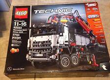 LEGO Technic Mercedes Benz Arocs 3245 42043 New Sealed Set Damaged Box