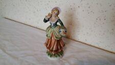Bibelot, Figurine Personnage en biscuit