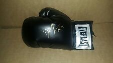 Everlast glove signed by Daniel Jacobs