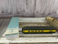 C&W coach passenger 404 northwestern green yellow train car toy HO freight