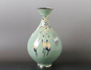 Beautiful Japanese  Crane  design  Cloisonne  shippo  Vase  JJ93